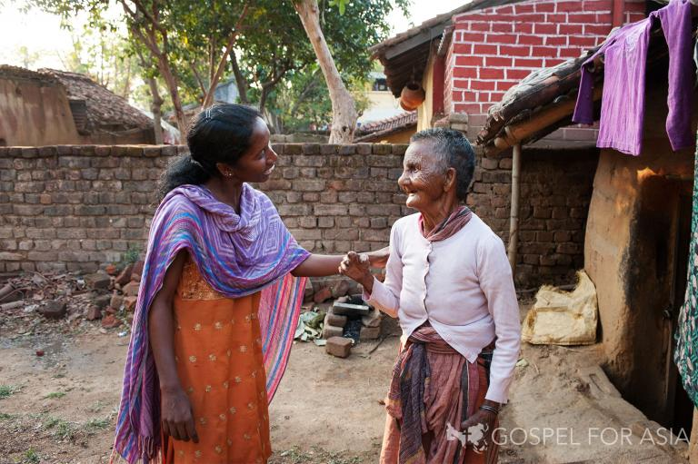 Serving those with leprosy - KP Yohannan - Gospel for Asia