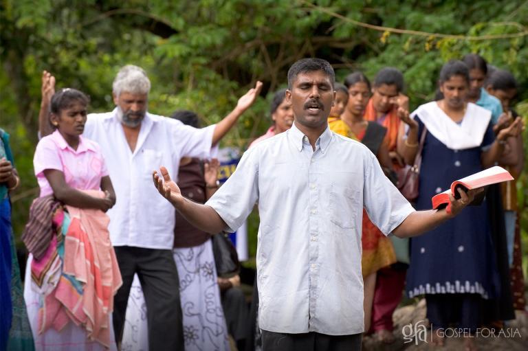 Dr. KP Yohannan Shares 7 Practical Ways to Overcome Discouragement - KP Yohannan - Gospel for Asia