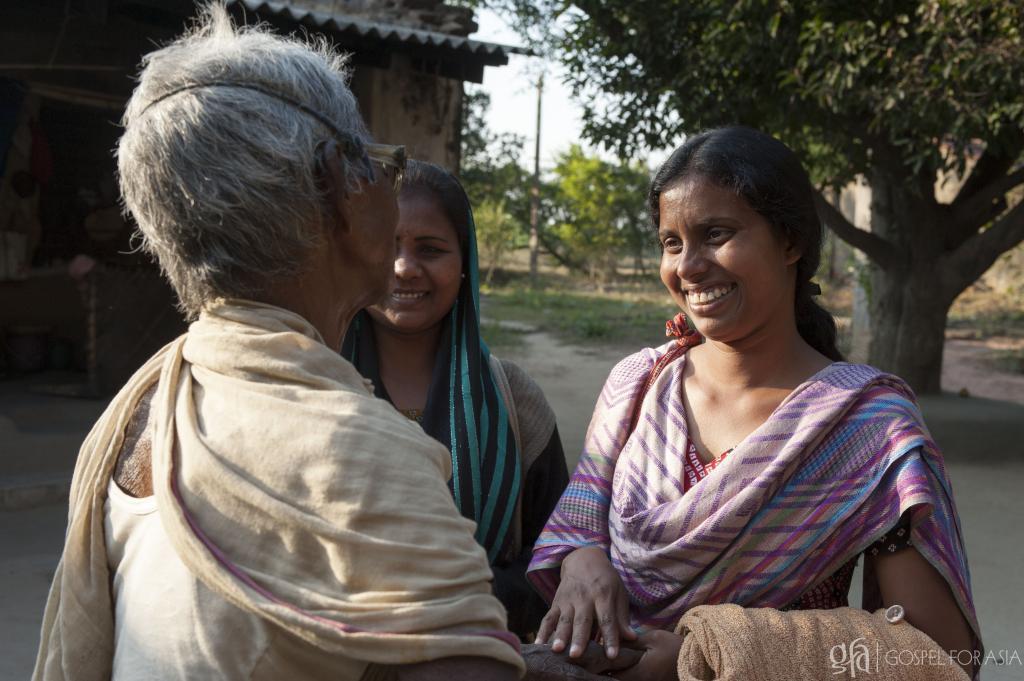 Consumed by an Intense Love, Myo Zaw Visits 100 Communities in 3 Years - KP Yohannan - Gospel for Asia