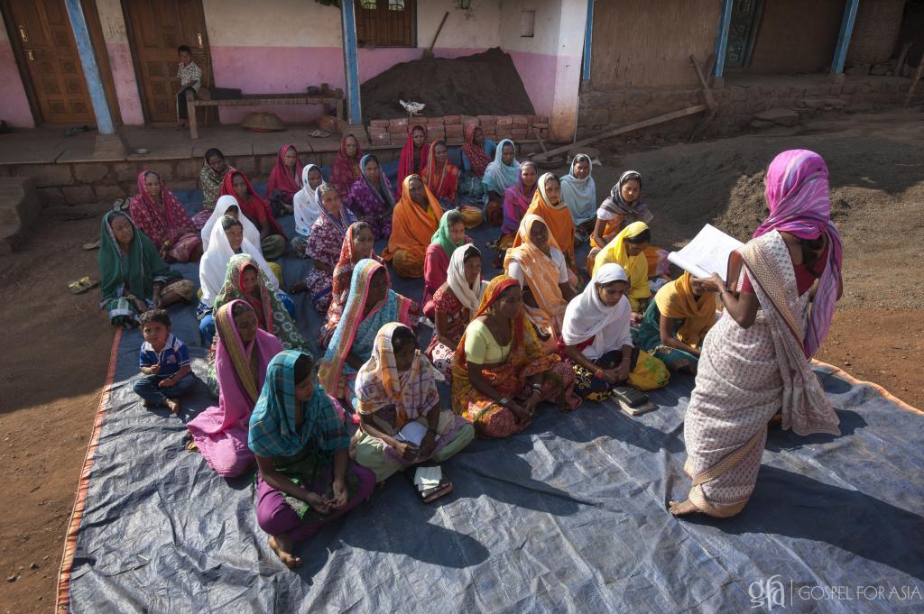 Free Health Care Training Equips 381,412 Women - KP Yohannan - Gospel for Asia