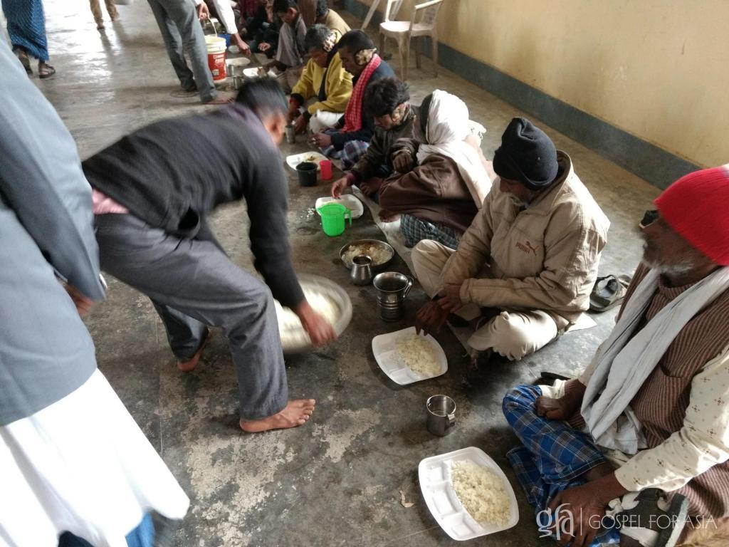 Gospel for Asia national partners feeding leper colony residents - KP Yohannan