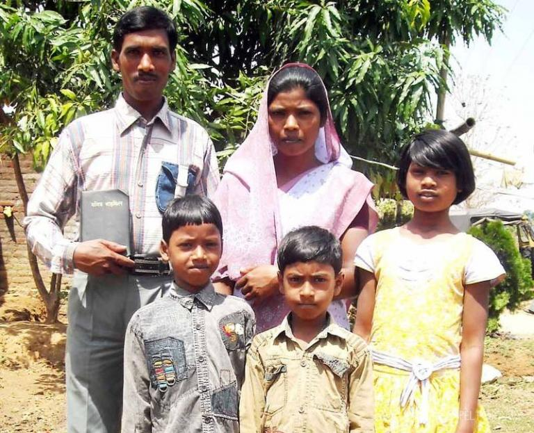 pastor Salm and his family - KP Yohannan - Gospel for Asia