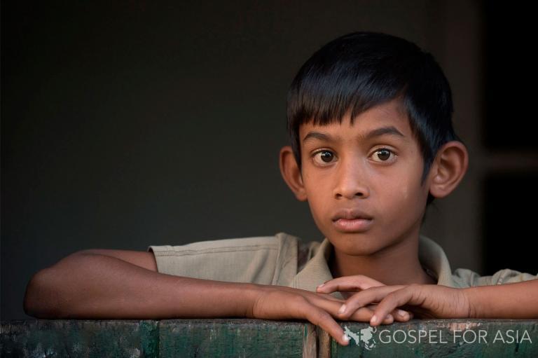 Cowering in the corner - KP Yohannan - Gospel for Asia