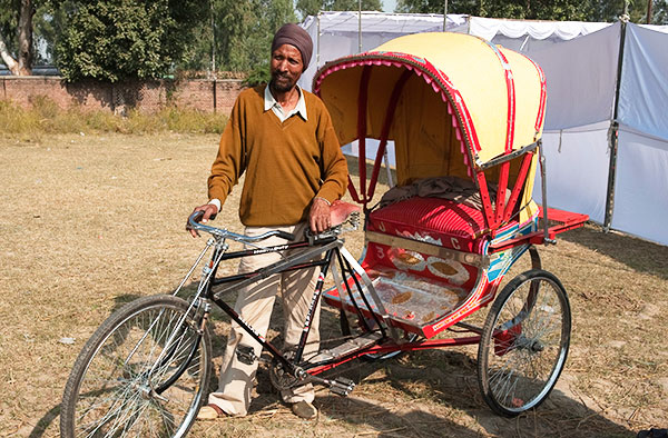 The gift of a bicycle rickshaw can change the financial situation of an entire family - KP Yohannan - Gospel for Asia