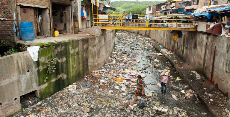 Dirty water in Asia and India that needs sanitation - KP Yohannan - Gospel for Asia