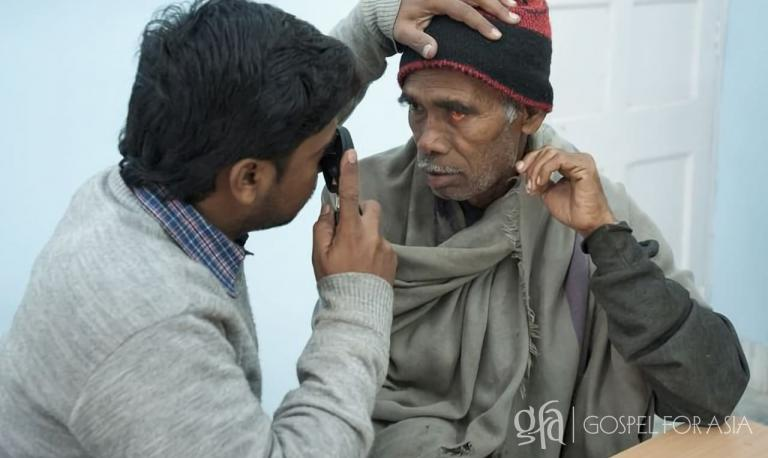 Saham was treated for free, just like this man. He gratefully owed nothing for the treatment and care he received at a Gospel for Asia-supported medical camp.