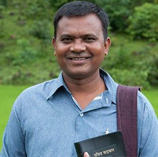 Pastor Roshan