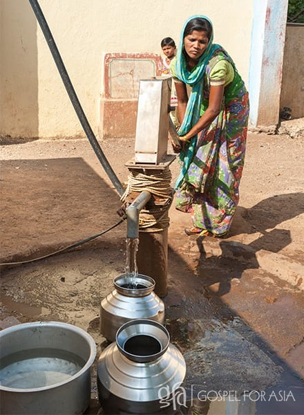 Gospel for Asia founded by Dr. K.P. Yohannan: A Jesus Well like this one now provides clean water for Gafur, Dishita and their whole village.