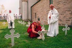 Dalai Lama Thomas Merton Grave
