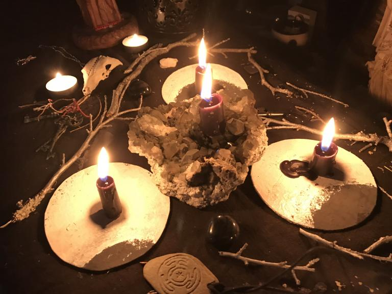 The Toxicity of Crystals and Ways to Practice Real Stone Spirit Magick