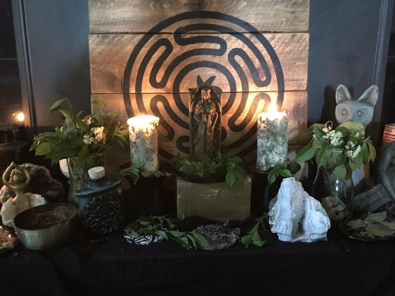 Hekate's Garden, Botanical Magic and Pharmakeia   Herbalism Hekate