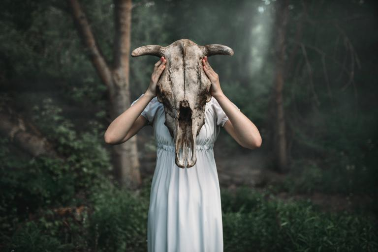 Modern Hekatean Witchcraft: Using Epithets To Take Your Practice