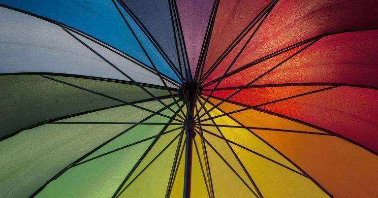 parasol-714185_1920