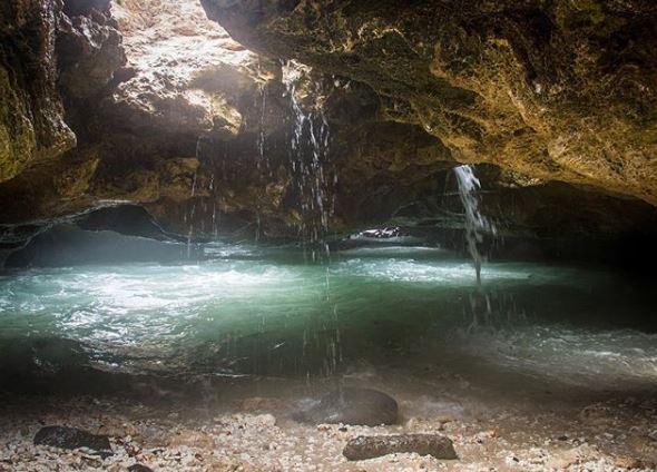 underwater water in caves