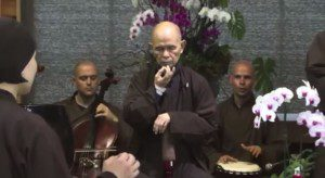 Thich Nhat Hanh - Avalokita chant