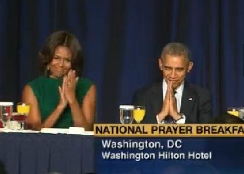 President Obama bows to Dalai Lama