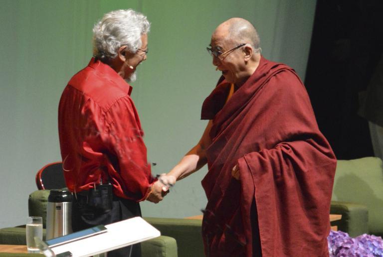 David Suzuki and the Dalai Lama at the Environmental Summit 2013 Portland Oregon (photo by Colleen Benelli flickr C.C.)