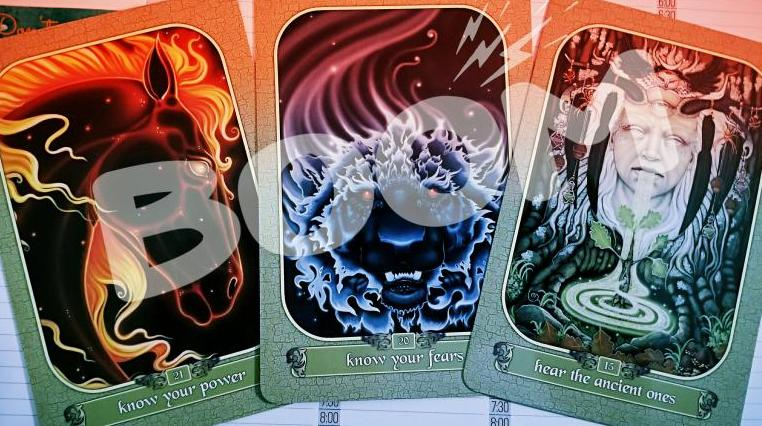 "three oracle cards: ""know your power"", ""know your fears"" and ""hear the ancient ones"""