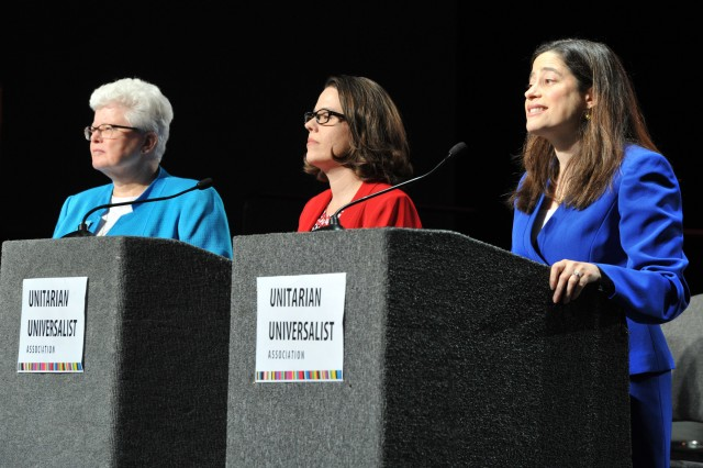 Candidates Forum. From left: Jeanne Pupke, Susan Frederick-Gray, Alison Miller Photo © 2016 Nancy Pierce/UUA
