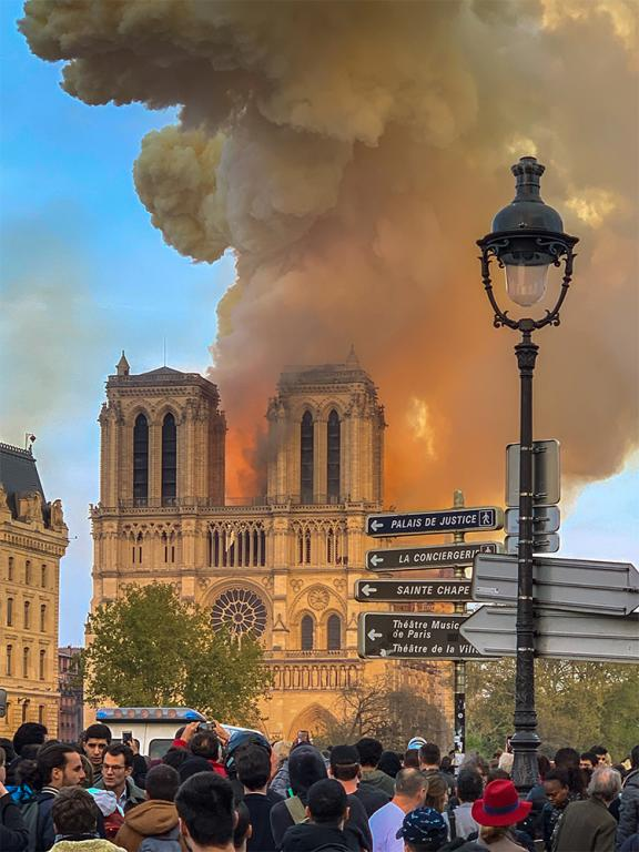 notre dame paris fire faith