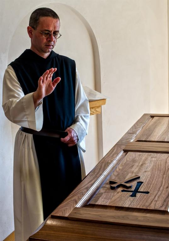 trappist caskets christianity death