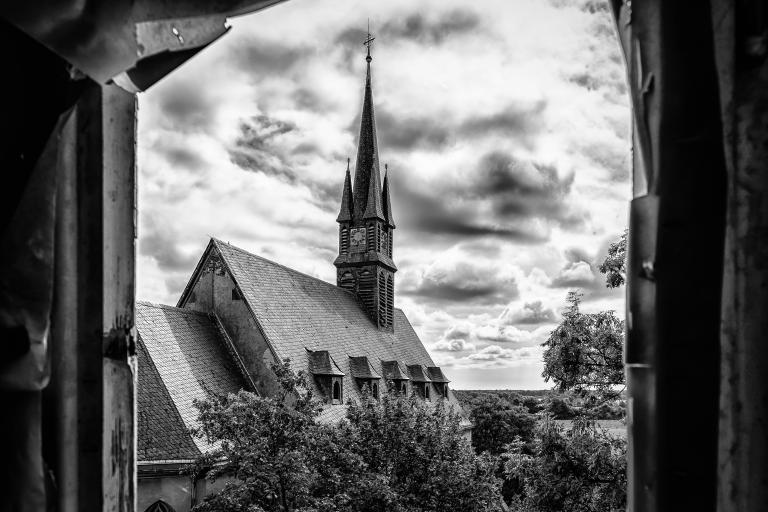 Black & White Image of Parish Steeple (CC0)