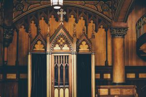 Confessional (Photo by Annie Spratt on Unsplash)