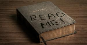 """This Bible says """"Read Me!"""""""