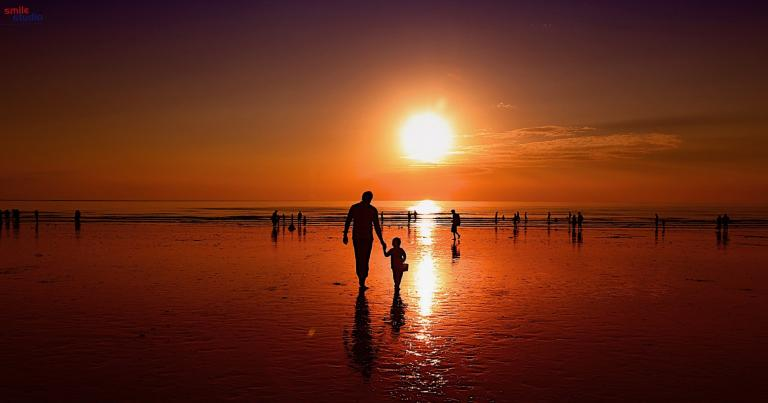 Sanket-Mehta-father-son-sunset-ocean