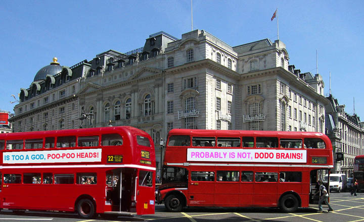 battling-buses-picadilly2