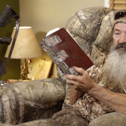 """Duck Dynasty Dad: The Bible is Enough to """"Stop Human Beings from Murdering"""""""