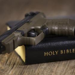 This Church Welcomes Concealed Weapons Because God Wants Them to Be Armed