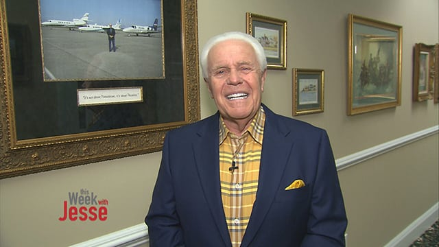 Preacher Jesse Duplantis Wants You to Pay for His New $54 Million Private Jet