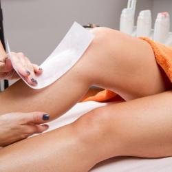 Trans Woman Sues Canadian Spa Over Muslim Beautician's Refusal to Wax Her