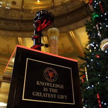 "Satanic Temple ""Snaketivity"" Sculpture Goes Up in Illinois State Capitol"