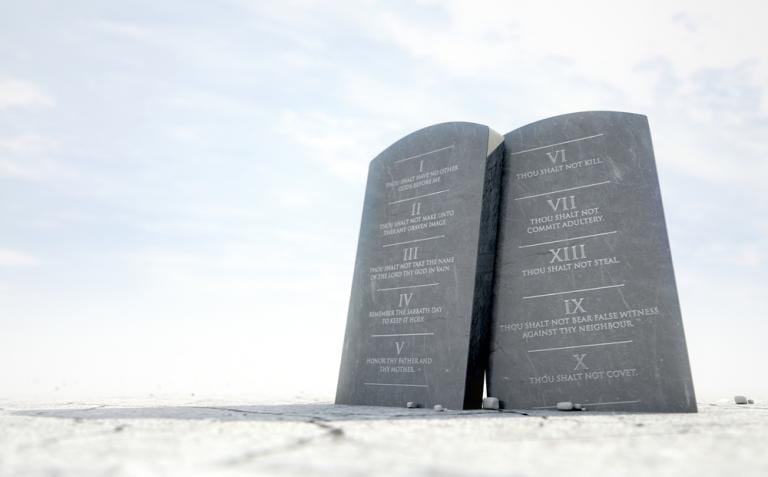 Pastor Urges Christians to Stop Getting Worked Up Over the Ten Commandments