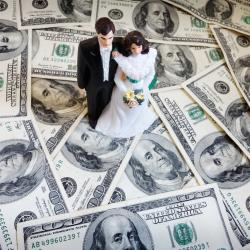 """Conservative Rabbi: Marrying for Money is a """"Lot Better Than Marrying for Love"""""""