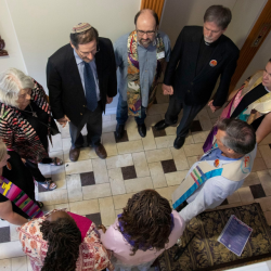 Religious Leaders in TX Blessed a Local Abortion Clinic (Like, In a Good Way)