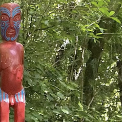 Man Uses Chainsaw to Cut Phallus off Māori Carving in Order to Please God