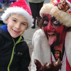 """A Newspaper Typo Led to """"Satan"""" Showing Up at a Christmas Parade"""