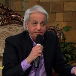 Listen to Christian Scamvangelist Benny Hinn Brag About a Magical Healing School