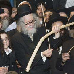 Ultra-Orthodox Rabbi, Guilty of Sex Crimes, Charged with Miracle-Cure Fraud