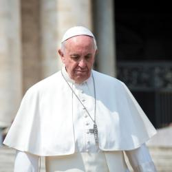 Conservatives Are Mad the Pope Prayed with Muslims and Jews To End COVID-19