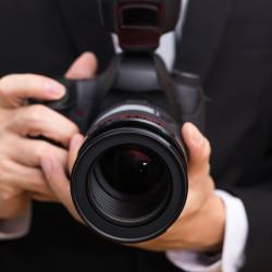 """Wedding Photographer Sues For """"Artistic Freedom"""" to Deny Service to Gay Couples"""