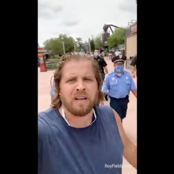 Christian Pastor Gets Kicked Out of Disney World for Refusing to Wear Mask