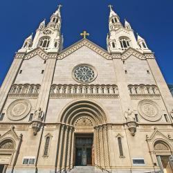 Priest from COVID-Spreading Church in San Francisco Dies of COVID