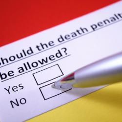 Poll: Atheists Overwhelmingly Oppose the Death Penalty; Most Christians Favor It