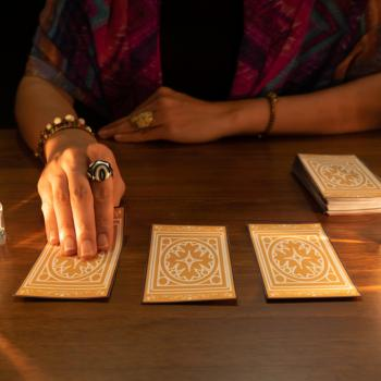 CA Man Sues Psychic Who Promised (and Failed) to Destroy a Curse for $5,100